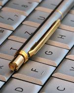 stift_auf_tastatur